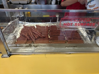Gray's Papaya, Dogs