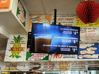 Gray's Papaya, TV specials