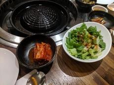 Yoon Haenundae Galbi, Kimchi, Lettuce
