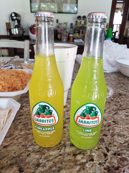 El Triunfo 2019, Takeout, Jarritos, pineapple lime