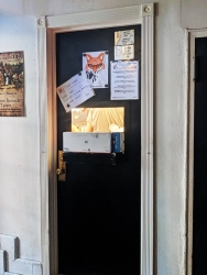 Foxface, Kitchen door