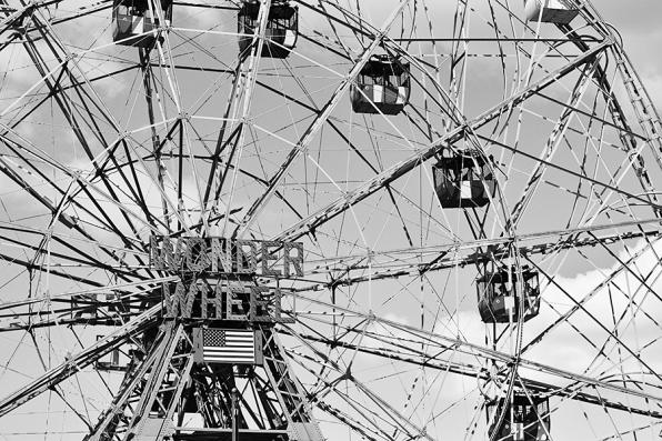 Coney Island, Wonder Wheel, B&W