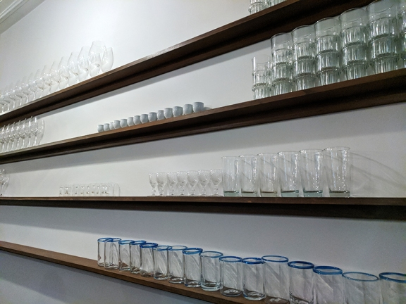 Tenant 4, Glasses