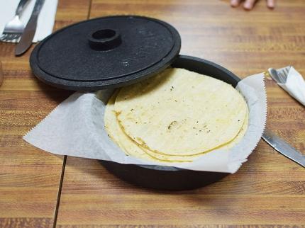 Homi III, Tortillas