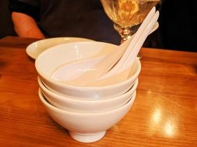 Lat14, Sharing bowls