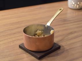 Demi, Rice Krispie Pot