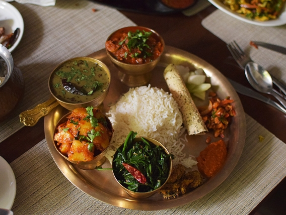 Nimtho, Thakali thali