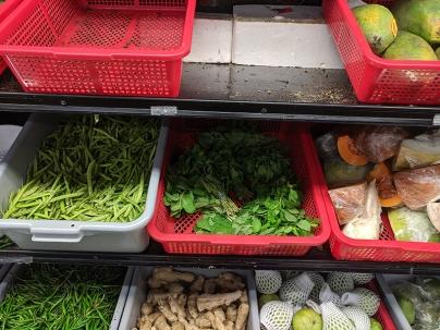 Bharat Bazaar, Beans, mint, pumpkin etc