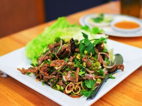 Bangkok Thai Deli 5, Grilled Beef Salad