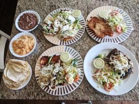 El Triunfo, Dinner