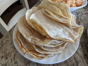 El Triunfo, Mound of tortillas