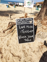 Blue Oasis, Live Music Tonight