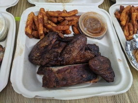 Smoke in the Pit, Ribs and Wings