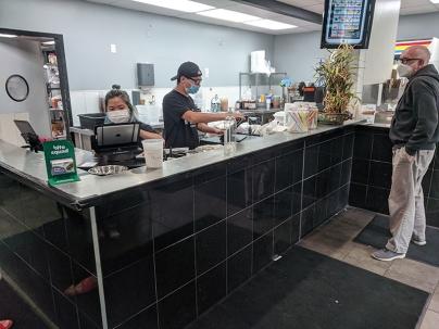 iPho by Saigon, Cashier