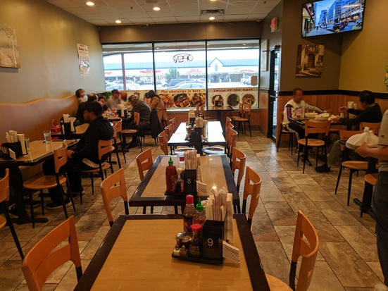 Pho Valley, Diners