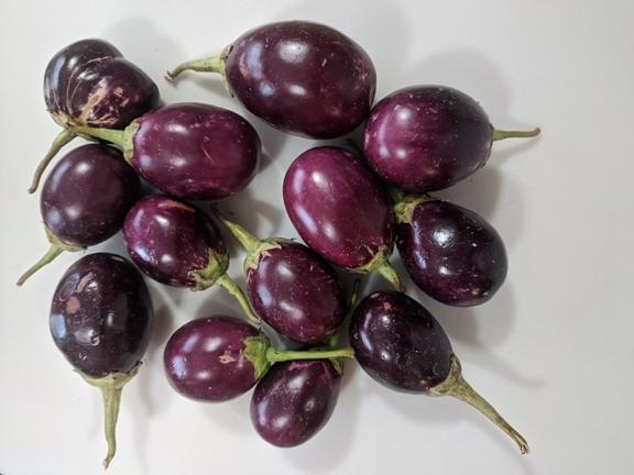 Baghare Baingan, Small eggplant