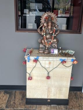 Bawarchi, Ganesh