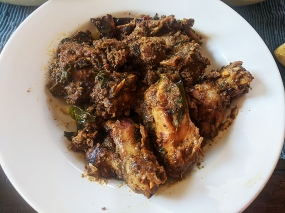 Hyderabad House, Chicken Pepper Fry