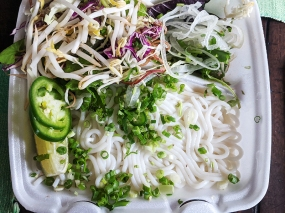 Saigon Deli, Bun Bo Hue, Noodles