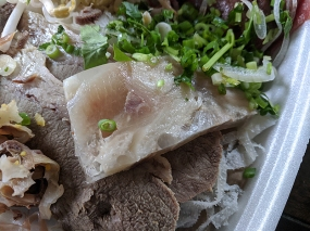 Saigon Deli, Pho, tendon