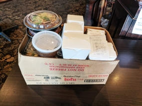 Grand Szechuan, Takeout box