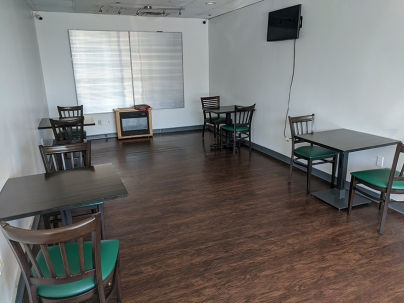 Gyros Grill, Dining Room