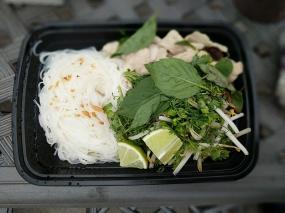 Basil Cafe, Boat Noodles, Fixings