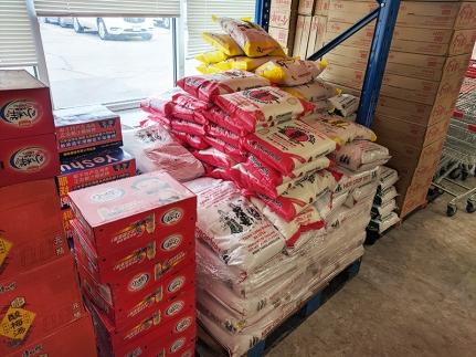 Rong Market, Rice