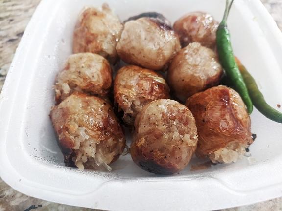 Karen Thai, Mmm sausage