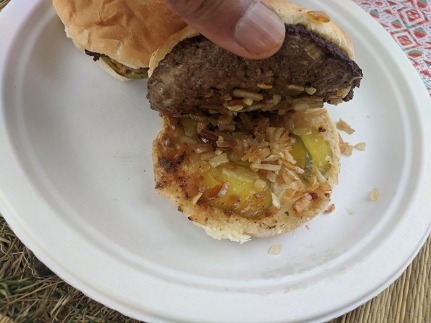 Matt's Bar, Jucy Lucy with pickles and onions