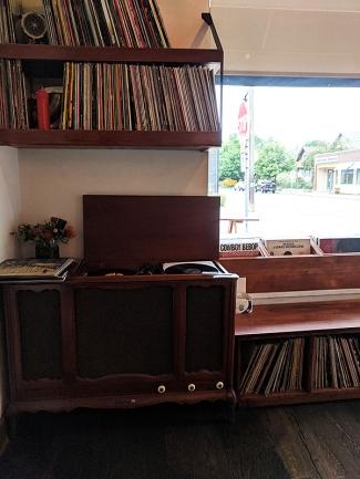 Tenant V, Vinyl