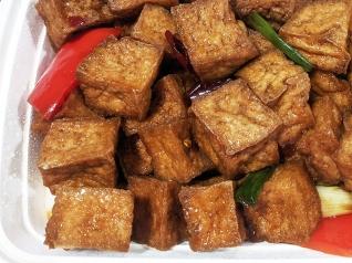 Grand Szechuan, Tofu, close-up