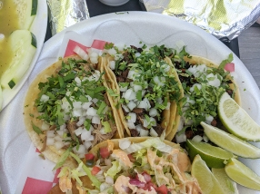 Taco N Madre, Tacos