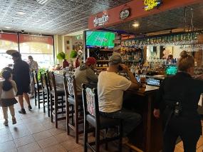 El Burrito Mercado, Bar