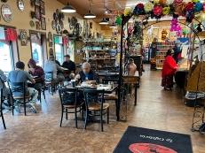 El Burrito Mercado, Counter service tables