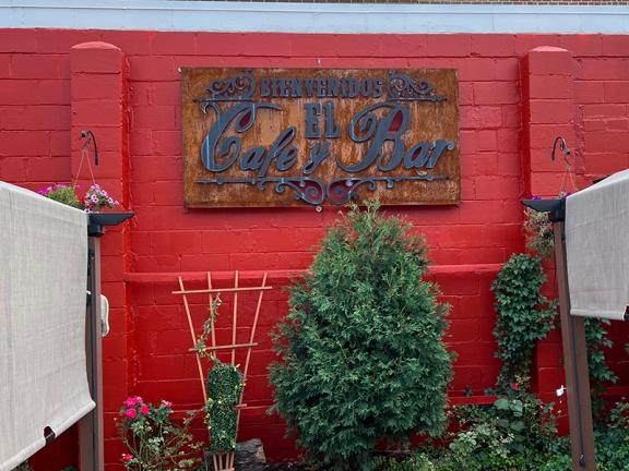 El Burrito Mercado, El Cafe & Bar