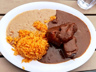 El Burrito Mercado, Mole