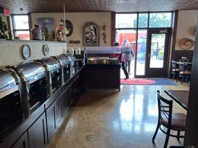 El Burrito Mercado, Past the buffet to the patio