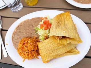 El Burrito Mercado, Tamales Platter