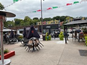 El Burrito Mercado, To the street