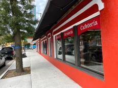El Burrito Mercado, Exterior3