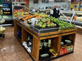 El Burrito Mercado, Fruit