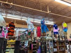 El Burrito Mercado, Piñatas