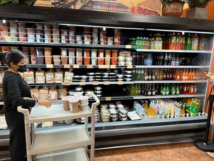 El Burrito Mercado, Prepared foods, drinks