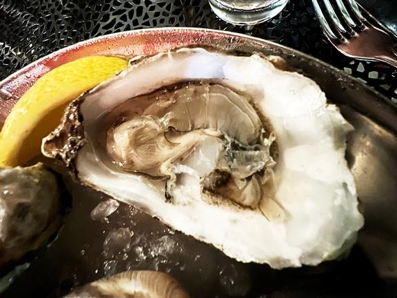 Meritage, Hama Hama oyster